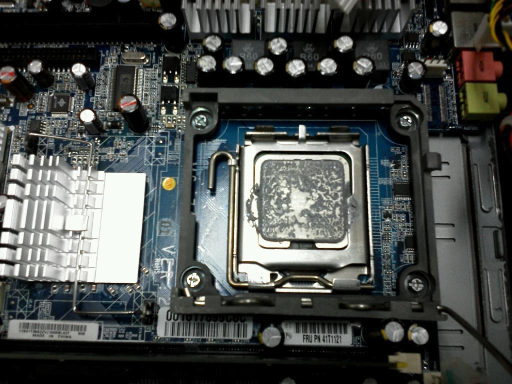 IBMThinkCentreM51の修理の写真83