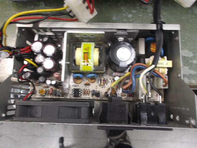 産業用PC YVC-?の旧型PC修理の写真0