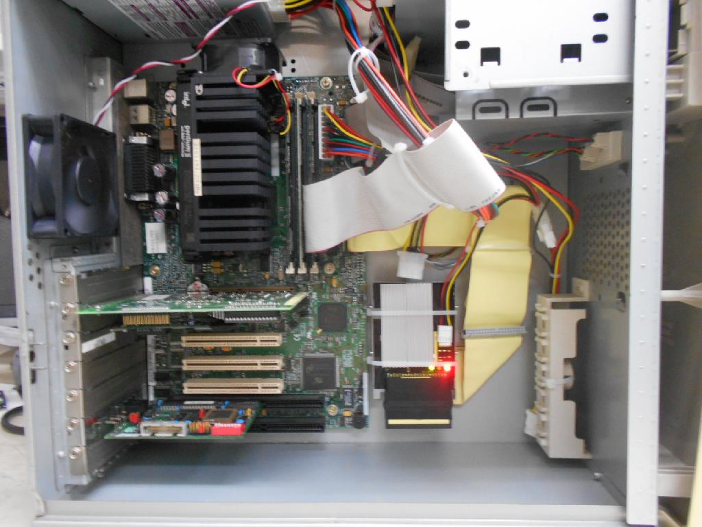 GATEWAYGATEWAY2000の旧型PC修理の写真
