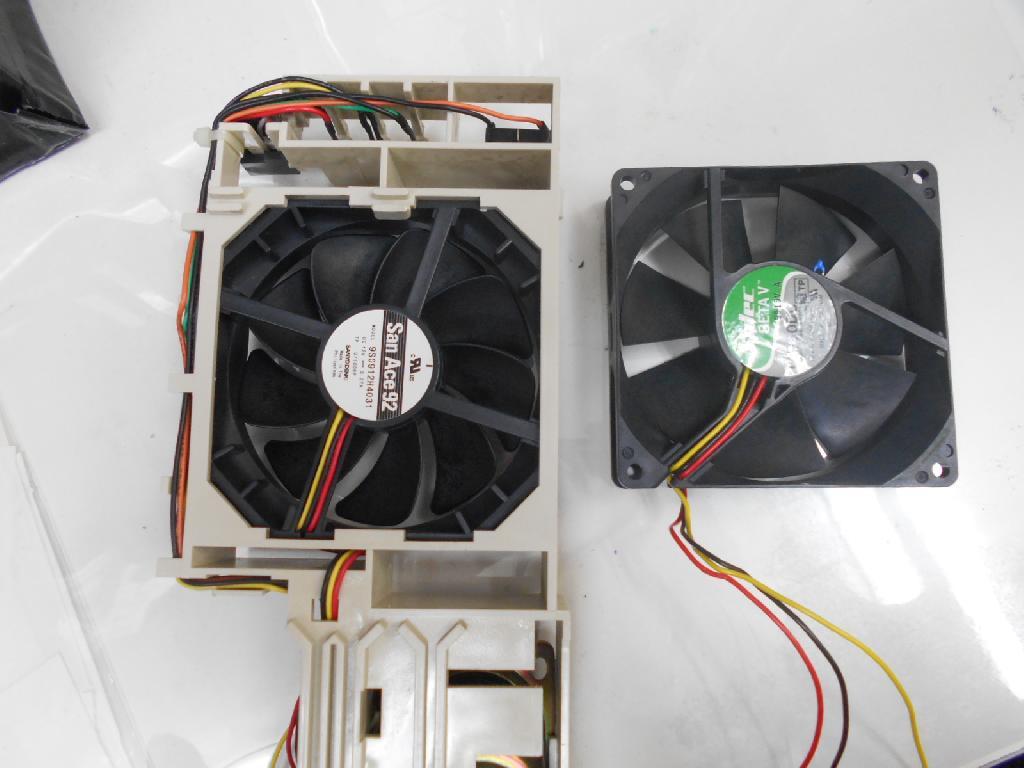 IBMPC 300PLの旧型PC修理の写真0