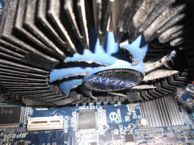 自作パソコンの修理の写真77