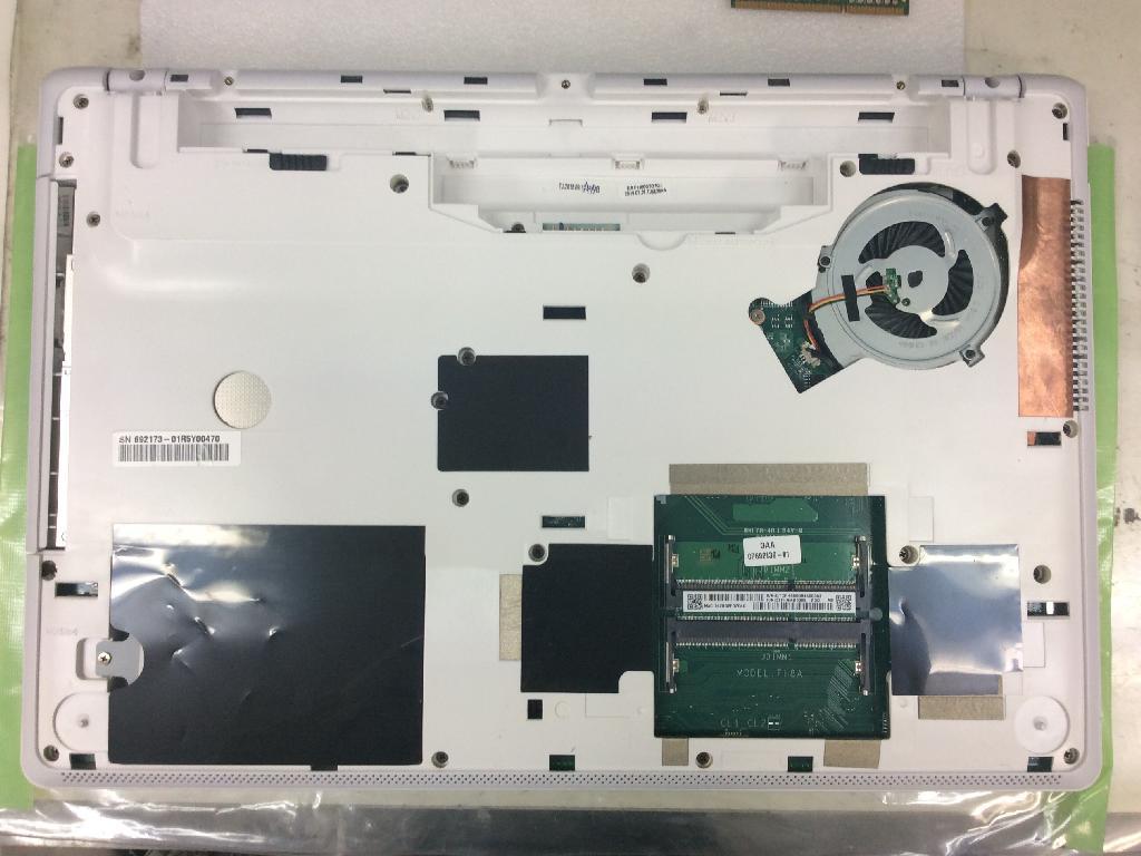 FUJITSULIFEBOOK AH77/Uの修理の写真0