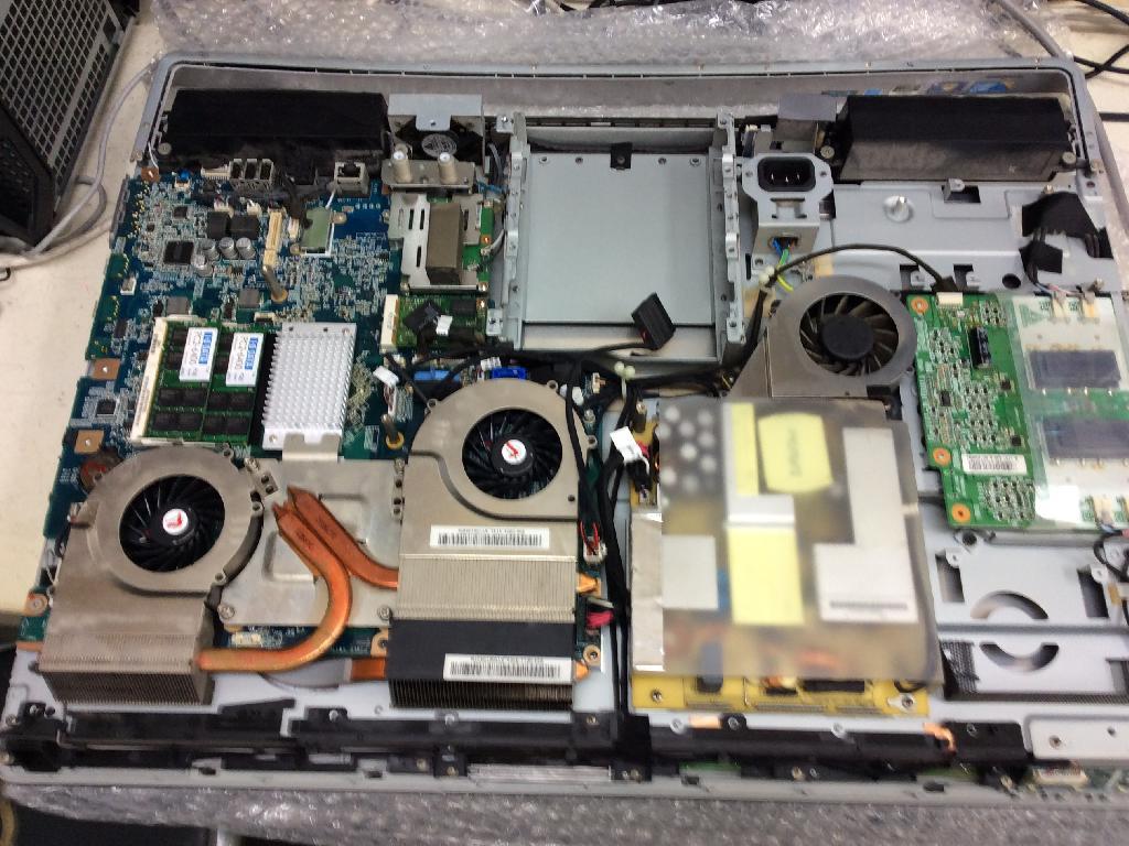 SONYVPCL128FJの修理の写真0