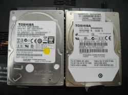 TOSHIBAQosmio T560/T4ABのHDD交換の写真