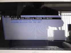 FUJITSULifebookSH54DのHDD交換の写真