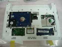 ACERaspire one happy2のHDD交換の写真