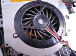 SONYVGC-LV52JGBのSSD交換の写真