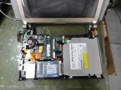 SONYVGN-tt90SのSSD交換の写真