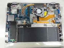 PANASONICCF-RZ4GD2NSのSSD交換の写真