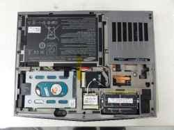 DELLALIENWARE P06T001の修理の写真