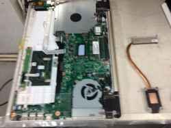 FUJITSULifebook AH42/A3の修理の写真
