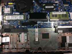 LenovoThinkpad L390の修理の写真