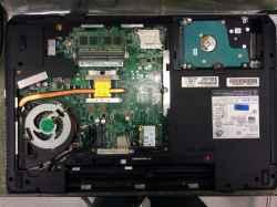 FUJITSUFMVA47KWCのSSD交換の写真
