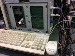 産業用カスタムPCの旧型PC修理の写真